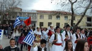 Άγρια εισβολή Αλβανών εθνικιστών σε ελληνικό χωριό της Β. Ηπείρου με τραυματισμούς ομογενών