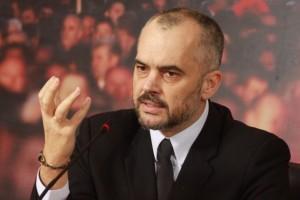 """Έντι Ράμα: """"Ο Σοσιαλιστής πρωθυπουργός που """"φλερτάρει"""" με τον αλβανικό εθνικισμό"""""""