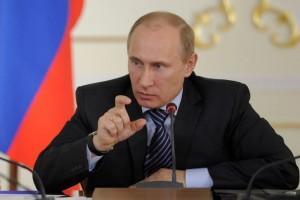 O Πούτιν καταγγέλει πολιτική xειραγώγηση των διεθνών τιμών πετρελαίου