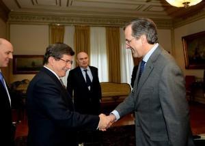 Ο Αχμέτ Νταβούτογλου στην Αθήνα – Γιατί αποφασίστηκε να γίνει η επίσκεψη