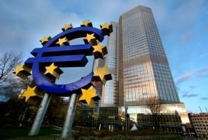 """ΕΚΤ: """"No programme, No money"""", οι καταθέσεις φεύγουν και οι νέες επενδύσεις στο ψυγείο"""