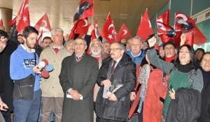 Απετράπη προβοκάτσια Τούρκων ακραίων εθνικιστών έξω από τη Ελληνική Βουλή