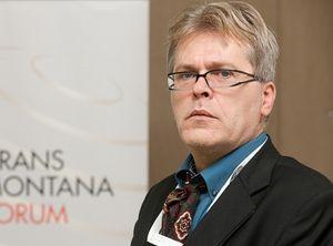Ευρώπη: Συμφιλίωση ή Κλιμάκωση, Toυ Anis H. Bajrektarevic