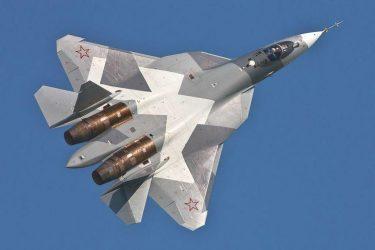 Τέσσερα μαχητικά προπαραγωγής Τ-50 πρόκειται να παραλάβει το 2015 η ρωσική Αεροπορία