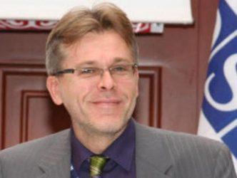 Über-οικονομικός νεοναζισμός; Toυ Anis H. Bajrektarevic