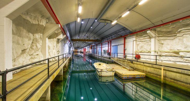 submarine_base_norway_02pop