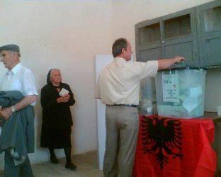 Με επιθέσεις κατα Ελλήνων υποψηφίων συνεχίζεται η προεκλογική εκστρατεία των δημοτικών εκλογών στην Αλβανία