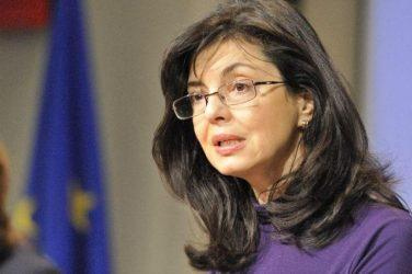 Μεγκλένα Κούνεβα: Η ελληνική κρίση θα έχει αρνητικά αποτελέσματα στην βουλγαρική οικονομία