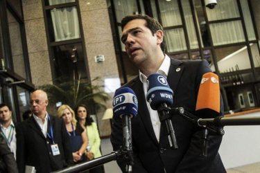 Με μέτρα – φωτιά άνω των 10 δισ. επιχειρεί η Αθήνα να ξορκίσει τον εφιάλτη του Grexit