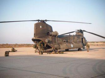 Τη δημιουργία βάσης ελικοπτέρων CH-47D Chinook στο Ηράκλειο της Κρήτης εξετάζει το ΓΕΣ
