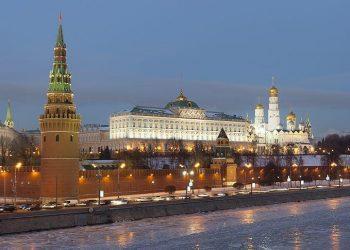 Αίτημα για την ανάπτυξη στρατευμάτων στο εξωτερικό κατέθεσε στην Βουλή ο Πούτιν