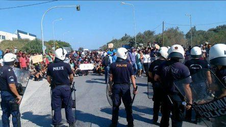Μεγάλη οικονομική ζημιά για τη Λέσβο και την Κω από τους μετανάστες – Ανυσυχία για το 2016