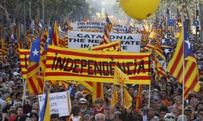 Πορεία απόσχισης από την Ισπανία και έξοδο από την ΕΕ ξεκίνησε η Καταλονία