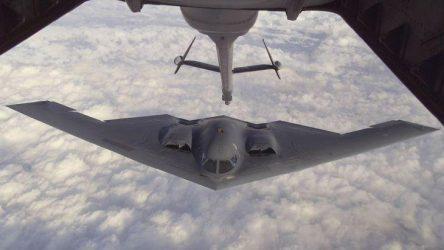 Επίδειξη δύναμης από τις ΗΠΑ προς τη Β. Κορέα