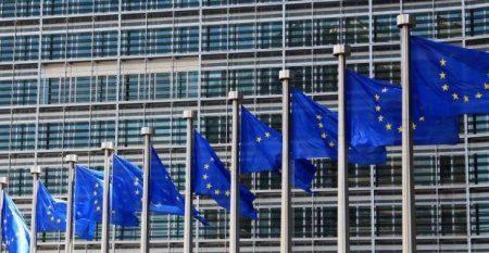 Κομισιόν: Ετοιμάζουμε έκτακτο σχέδιο για ανθρωπιστική κρίση στην Ελλάδα