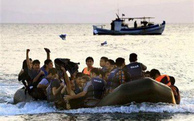 """Κοτζιάς-Τσαβούσογλου: Παγκόσμιο θέμα το …προσφυγικό, """"νομικές διαφορές"""" οι παραβιάσεις"""