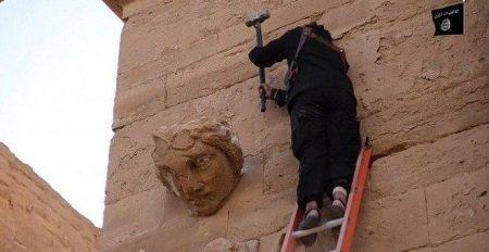 Ρωσία: Το ISIS λεηλατεί και εμπορεύεται αρχαιότητες μέσω Τουρκίας