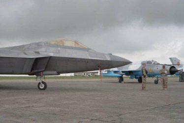 Για πρώτη φορά μαχητικά 5ης γενιας F-22A Raptor στα Βαλκάνια (Video)