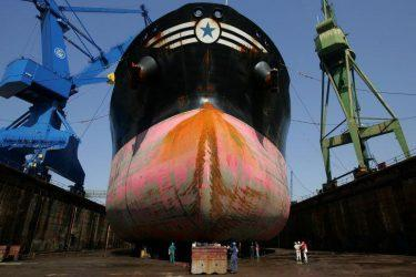 Οι Κινέζοι «σώζουν» την ελληνική ναυπηγοεπισκευαστική βιομηχανία