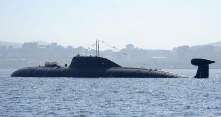 Δύο πυρηνοκίνητα υποβρύχια κλάσης Akula και ένα συμβατικής πρόωσης κλάσης Kilo συνοδεύουν το Kuznetsov στη Μεσόγειο