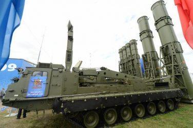 Το αντιβαλλιστικό σύστημα S-300VM προσφέρει η Ρωσία στην Τουρκία αντι για τους S-400 Triumf