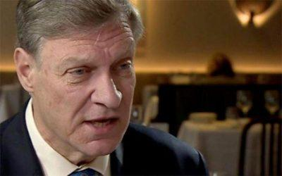 Τέντ Μάλοχ: «Υπάρχουν ισχυροί λόγοι για να φύγει η Ελλάδα από το ευρώ»