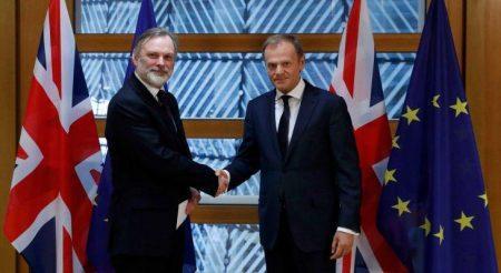 Ξεκινά το Brexit – Ενεργοποιήθηκε το άρθρο 50