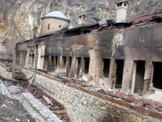 17 Μαρτίου 2004: Ό επίλογος της εθνοκάθαρσης των Σέρβων στο Κοσσυφοπέδιο (video)
