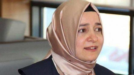 Οδήγησαν την τουρκάλα υπουργό στα σύνορα με συνοδεία περιπολικού