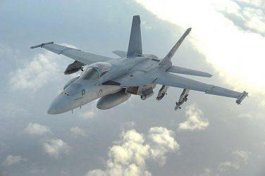 Νέες παραγγελίες για το F/A-18E/F Super Hornet επιδιώκει ο Donald Trump