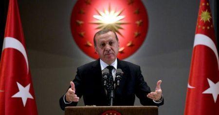 Σύμβουλος του Ερντογάν: «Θα σπάσουμε τα πόδια όποιου τολμήσει να ανέβει στα Ιμια»