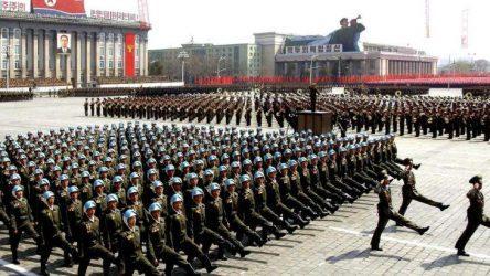 H Βόρεια Κορέα αναστέλλει τις δοκιμές πυρηνικών όπλων