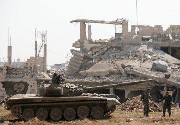 """Ο Συριακός Στρατός """"καθαρίζει"""" και την Νότια Δαμασκό από τον ISIS(video)"""