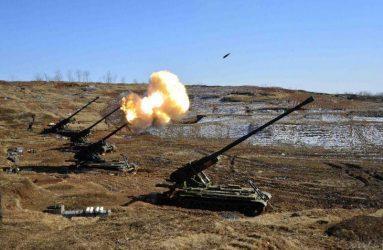 Η Βόρεια Κορέα είναι ικανή να πλήξει σοβαρά άρματα με τον πυροβολικό της