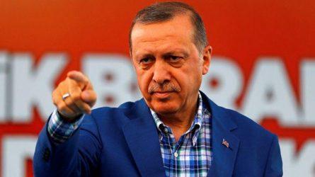 """Ερντογάν: Δεν θα επιτρέψω οι """"τρομοκράτες"""" να φορέσουν την στολή του Συριακού Στρατού"""