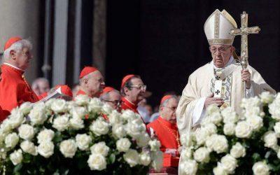 Το πασχαλινό μήνυμα του Πάπα: Να σταματήσει ο αφανισμός στη Συρία