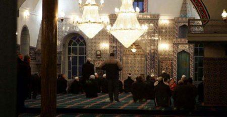 Οργώνουν τα μουσουλμανικά χωριά της Θράκης εκφωνώντας εμπρηστικές ομιλίες
