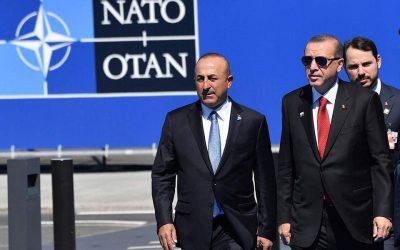 «Παγώνουν» οι ΗΠΑ προσωρινά την πώληση αμυντικού εξοπλισμού στην Τουρκία