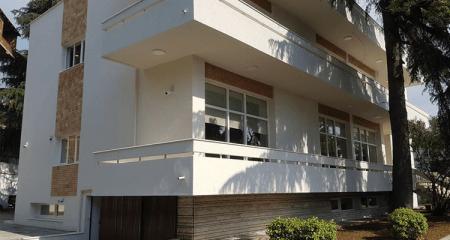 Το νέο κτήριο της Ελληνικής Πρεσβείας στα Τίρανα