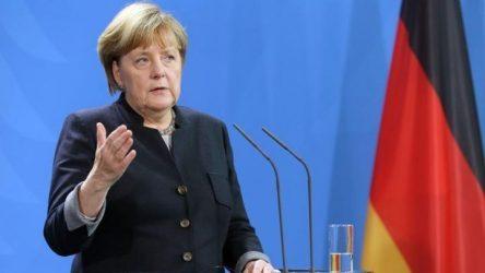 Και η η Αγκελα Μέρκελ θέλει ευρωπαϊκό στρατό