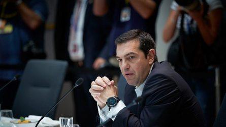 Περισσότεροι μετανάστες στην Ελλάδα για να μην αυξηθεί ο ΦΠΑ
