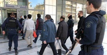Times: Αγνοούνται δύο από τους 8 τούρκους αξιωματικούς