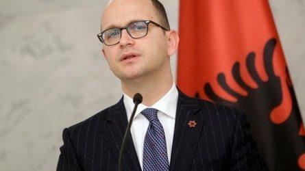 Η Ελληνίδα πρέσβειρα στα Τίρανα εκλήθη στο αλβανικό ΥΠΕΞ