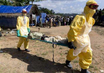 Ο Έμπολα σπρώχνει μεταναστευτικές ροές και τρομάζει την Ευρώπη