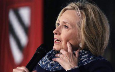 Χίλαρι Κλίντον: Οι ΗΠΑ διανύουν μια περίοδο αναταράξεων