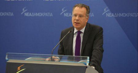 Γ. Κουμουτσάκος: Η πολιτική και διπλωματική σχιζοφρένεια της Κυβέρνησης στο θέμα των Σκοπίων, όχι μόνο συνεχίζεται