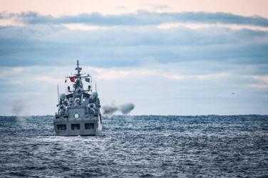 Ποροσένκο: Το NATO να στείλει πολεμικά πλοία στην Αζοφική Θάλασσα