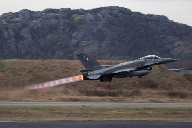 Στην Νορβηγία μαζί με τους πιλότους και τα F-16, βρίσκονται και οι τεχνικοί(photos)