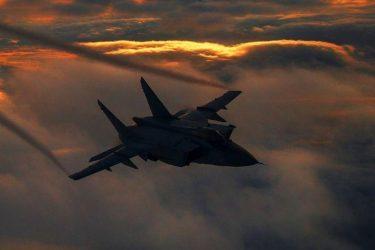 Απειλές Μόσχας: Όσοι δεν ακούν τη διπλωματία της Ρωσίας θα ακούσουν τον στρατό της