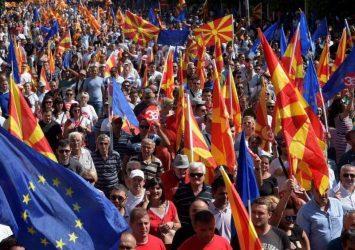 """Στέλιος Φενέκος: Άμεση δήλωση της Ελλάδας σε ΝΑΤΟ και Ε.Ε για """"πάγωμα"""" της ένταξης των Σκοπίων"""